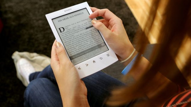 Brown University is launching a new program providing Jewish-themed books to students on a free Amazon Kindle.