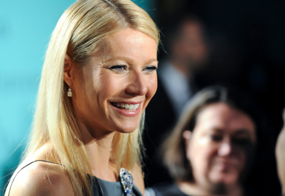 Consciously coupling. Paltrow engaged to Glee producer