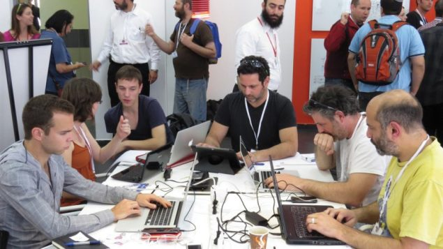 Entrepreneurs in a new Jewish ed-tech incubator will interact with participants in Israel's MindCET incubator.