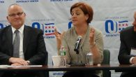 Christine Quinn discusses her education policies with Orthodox Union leaders. Adam Dickter