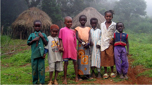 Children in Guinea (photo credit: Haypo/Wikipedia Commons)