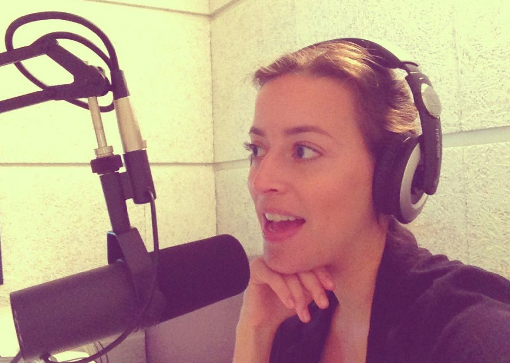 Anouk Lorie hosting TLV's Weekend Edition. - anouklourie
