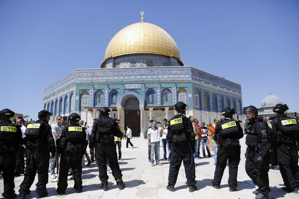 Israeli riot police seen during clashes on the Temple Mount. (photo credit: Sliman Khader/Flash90)