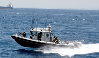 A Tzir'a-class patrol boat off the coast of Israel (photo credit: Ari Zaltzman/IDF website)