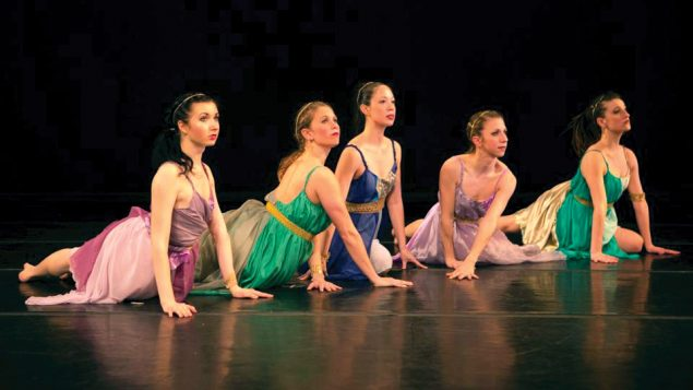 "The Ariel Rivka Dance performs ""Vashti"" and ""Esther"" in two-part show.  Jonathan Beck"