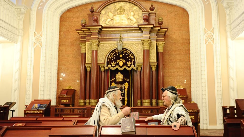 Ukraine Synagogue Hit By Firebombs The Times Of Israel
