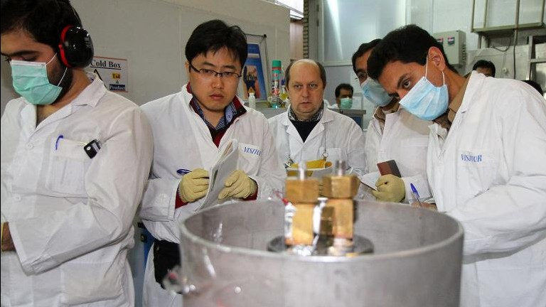 IAEA inspectors at Iran's nuclear power plant in Natanz on January 20, 2014 (IRNA/AFP Kazem Ghane)