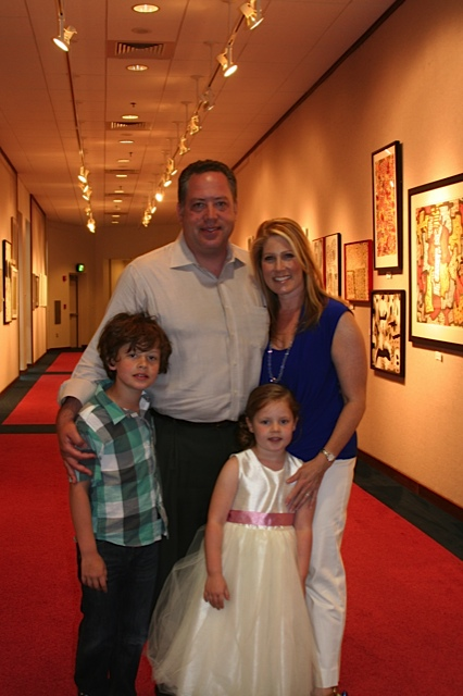 Jennifer Gladstone and Alan Peljovich, with their children. (photo credit: courtesy of Jennifer Gladstone)