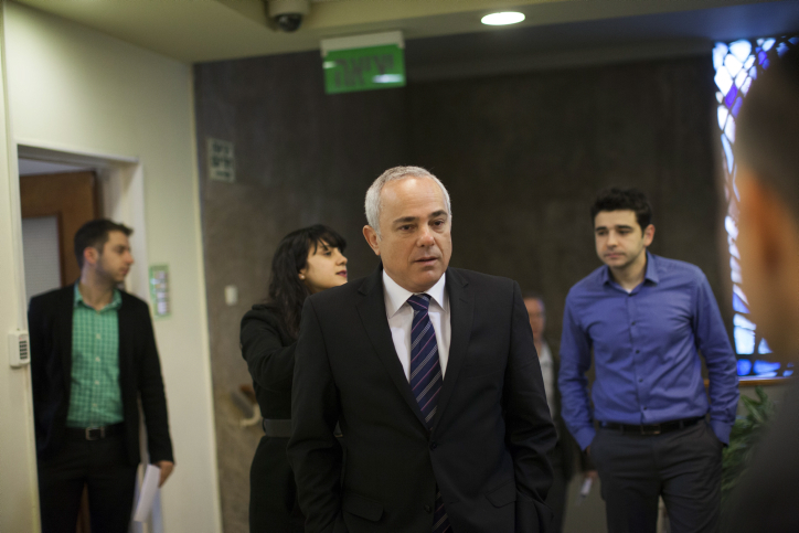 Strategic Affairs Minister Yuval Steinitz on February 2, 2014. (photo credit: Yonatan Sindel/Flash90)