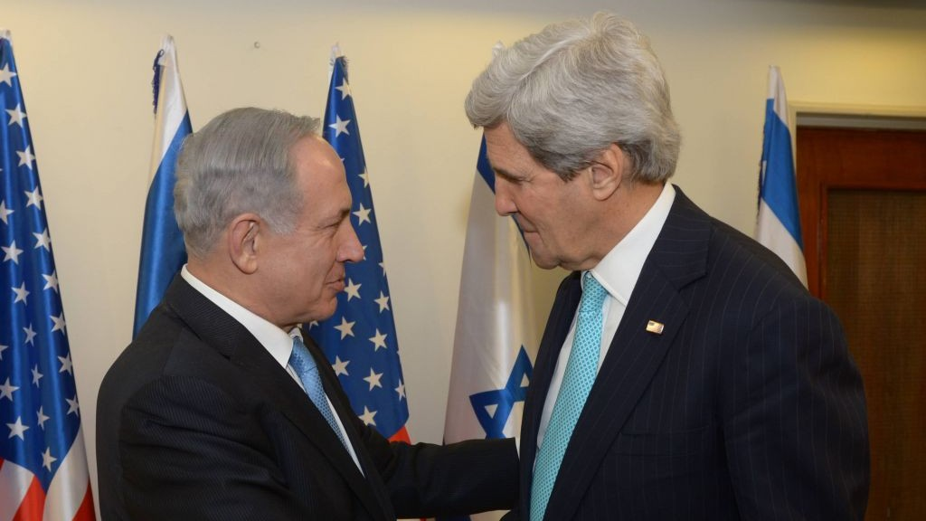 Benjamin Netanyahu, left, meeting with John Kerry in Jerusalem on Monday, March 31, 2014. (photo credit: Amos Ben Gershom/ GPO/Flash90)