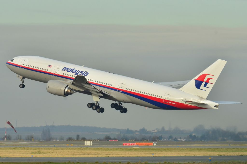 This photo taken Dec. 26, 2011, shows the Malaysia Airlines Boeing 777-200ER that disappeared from air traffic control screens Saturday, taking off from Roissy-Charles de Gaulle Airport in France. The Malaysia Airlines Boeing 777-200 carrying 239 people lost contact with air traffic control early Saturday morning, March 8, 2014 on a flight from Kuala Lumpur to Beijing, and international aviation authorities still hadn't located the jetliner several hours later. (photo credit: AP/Laurent Errera)