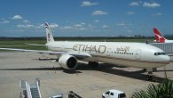 Etihad Airlines jet (photo credit: Wikimedia Commons/ Kwlothrop CC BY-SA)