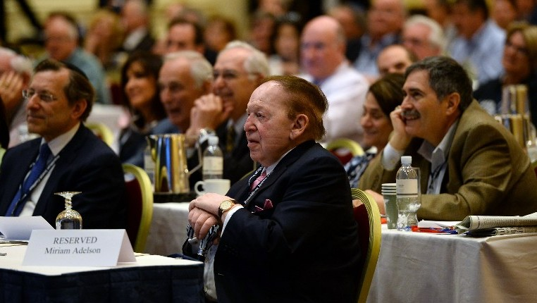 Sheldon Adelson attends the Republican Jewish Coalition spring leadership meeting at The Venetian Las Vegas on March 29, 2014 (Photo credit: Ethan Miller/Getty Images/AFP)
