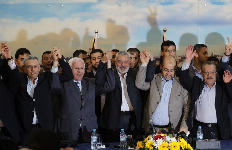 how to handle hamas The rival palestinian factions hamas and fatah have signed a preliminary reconciliation deal in the latest in a series of attempts to end a decade-long palestinian territorial, political and .