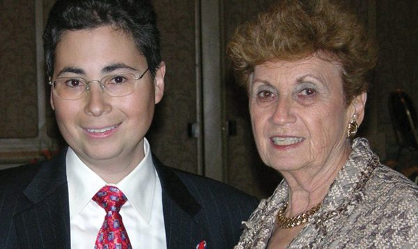 Jay Feinberg with his mother, Arlene Feinberg, who died earlier this year. Courtesy of Gift of Life Foundation