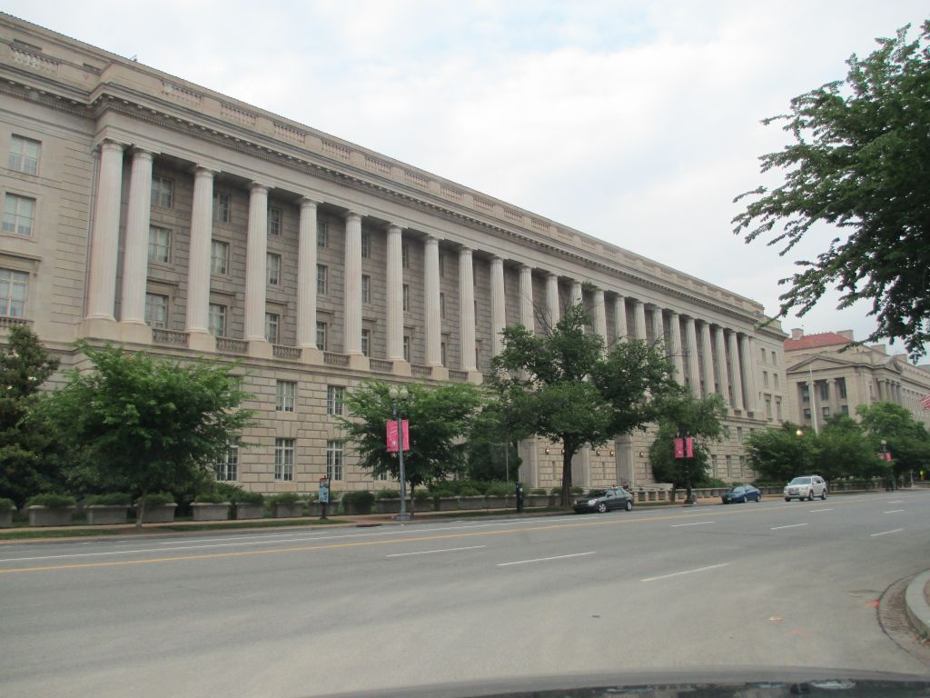 Federal Building Services : Federal judge gives green light to z street case against