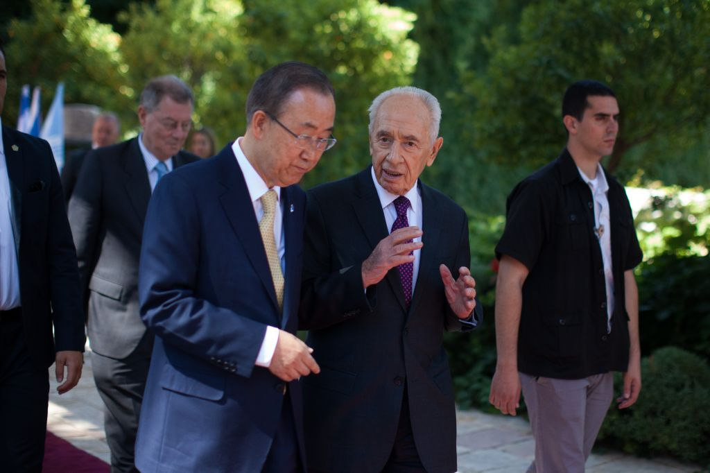 United Nations Secretary-General Ban Ki-moon speaks with Israel's President Shimon Peres after a joint press conference at the president residence in Jerusalem, Wednesday, July 23, 2014. (Photo credit: Yonatan Sindel/Flash90)