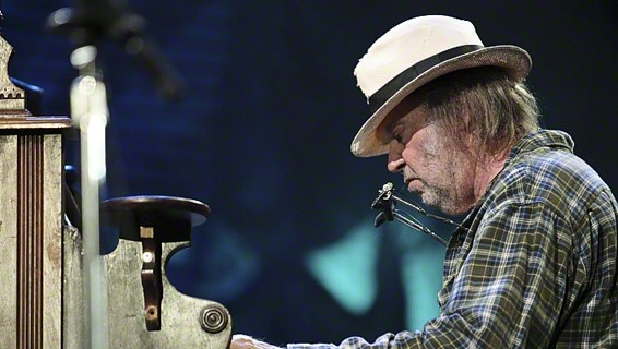 Neil Young's planned Thursday performance was canceled in light of recent rocket attacks (photo credit: Larry Philpot/CCA-SA 3.0 via Wikimedia Commons)
