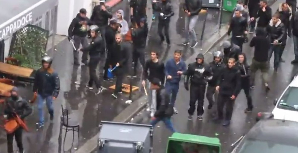 Screenshot from a video uploaded to YouTube showing what appears to be pro-Israel demonstrators clashing with pro-Palestinian demonstrators in Paris on July 13, 2014.