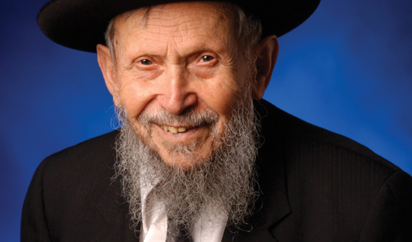 Rabbi Gershon Yankelewitz continued his daily teaching schedule through the spring semester. Courtesy of YU
