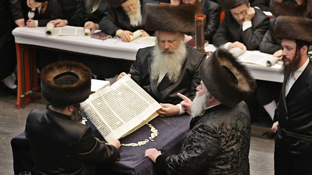 Hasidic Stores In Brooklyn Settle Lawsuit Over Controversial