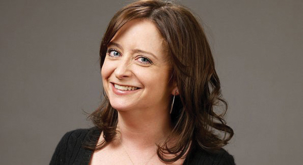 "SNL's Rachel Dratch plays the female roles in ""Tail! Spin!"", a play about politicians' sexual controversies."