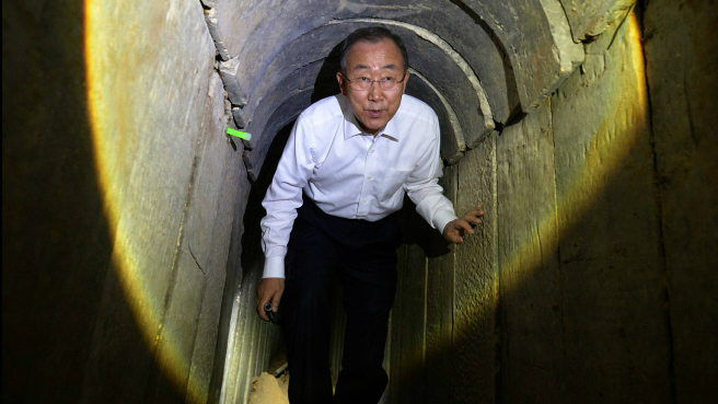 Ban Ki-moon touring a Hamas-built tunnel in southern Israel on October 14, 2014. (Photo credit: Haim Zach/Flash90/GPO)