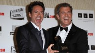 Robert Downey Jr. (left) and Mel Gibson at the American Cinematheque Honors in Beverly Hilton, California, 2011 (photo credit: Shutterstock)