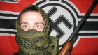 Illustration d'un neo-nazi (Crédit : CC BY-SA 3.0, par Froofroo, Wikimedia Commons)
