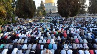 Rabbi Steven Pruzansky's deleted blog post suggested relocating the  Al-Aksa Mosque. Thousands of Muslims praying at the mosque on the Temple Mount at the end of the holy month of Ramadan, July 28, 2014. (Sliman Khader/Flash90)