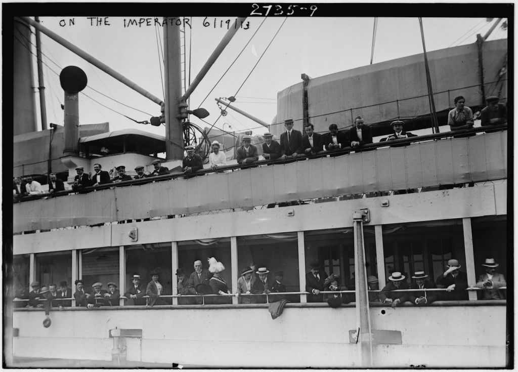 Passengers on board the S.S. Imperator, an ocean liner of the Hamburg America Line in New York City, arrived June 19, 1913. (Library of Congress)