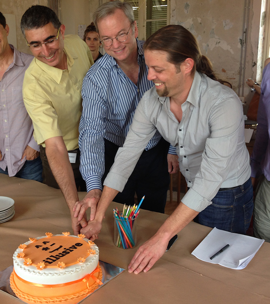 (L to R) Shlomo Touboul, Eric Schmidt, and Ofer Israeli cut the cake celebrating the official launch of Illusive in Tel Aviv, June 8, 2015 (Illusive Networks)