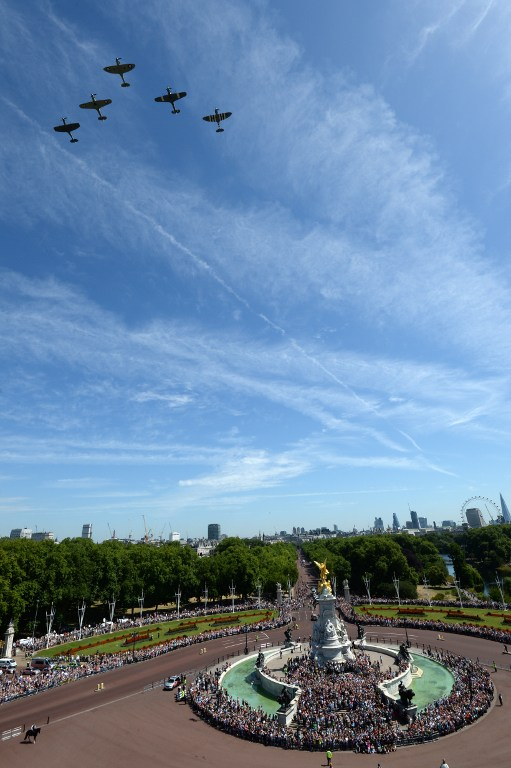 An RAF Flypast flies over The Mall and Buckingham Palace to mark the 75th anniversary of the Battle of Britain in London, on July 10, 2015 (Stefan Rousseau/AFP)