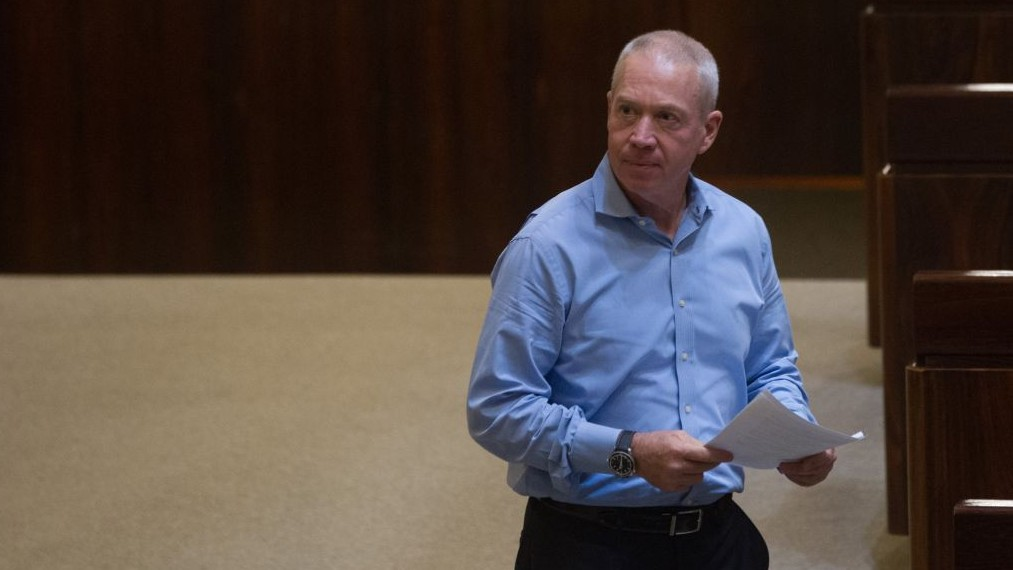 Housing Minister Yoav Galant in Knesset, June 17, 2015. (Miriam Alster/FLASH90)