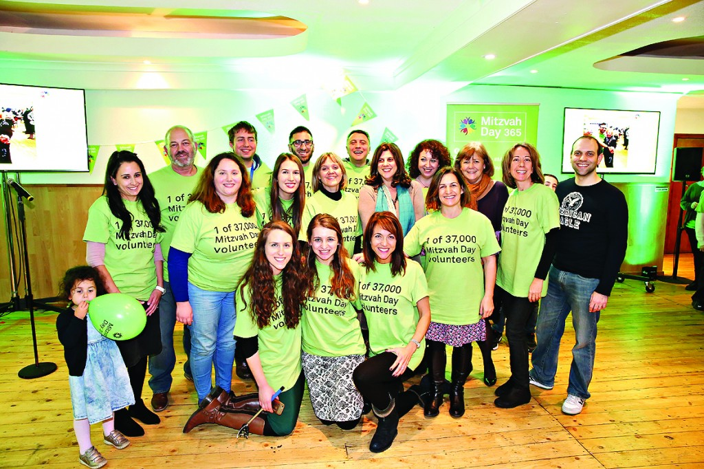 Mitzvah Day participants