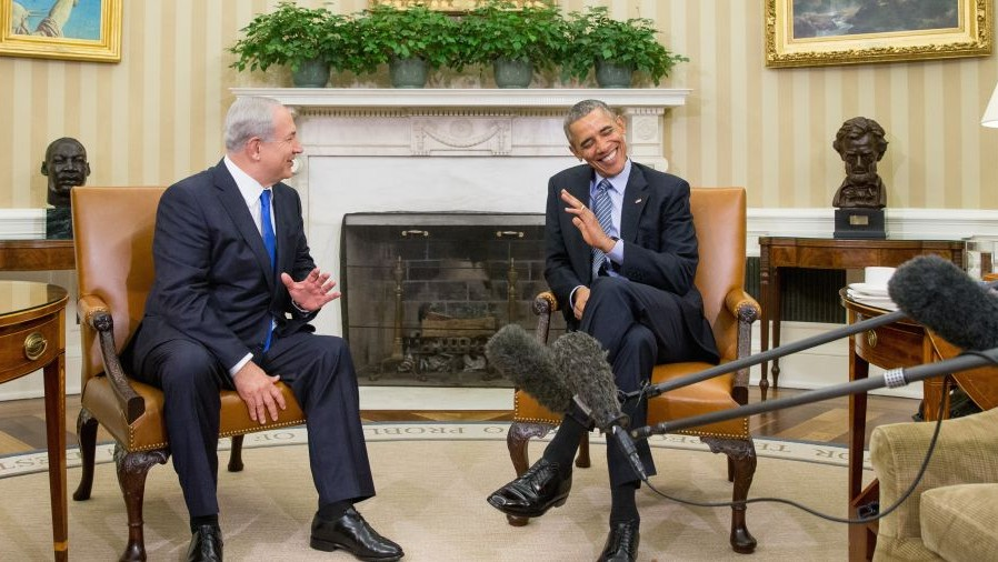 President Barack Obama meets with Prime Minister Benjamin Netanyahu in the Oval Office of the White House in Washington, Monday, Nov. 9, 2015. (AP/Andrew Harnik)