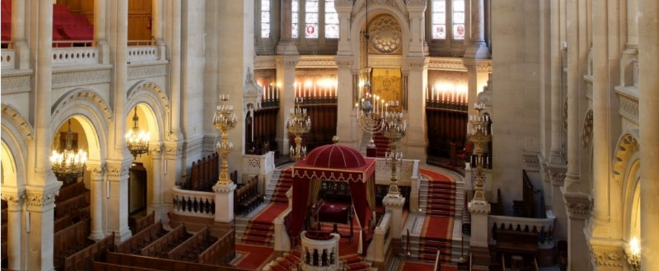 A view of the interior of the Synagogue de la Victoire in Paris, France. (Courtesy lavictoire.org)