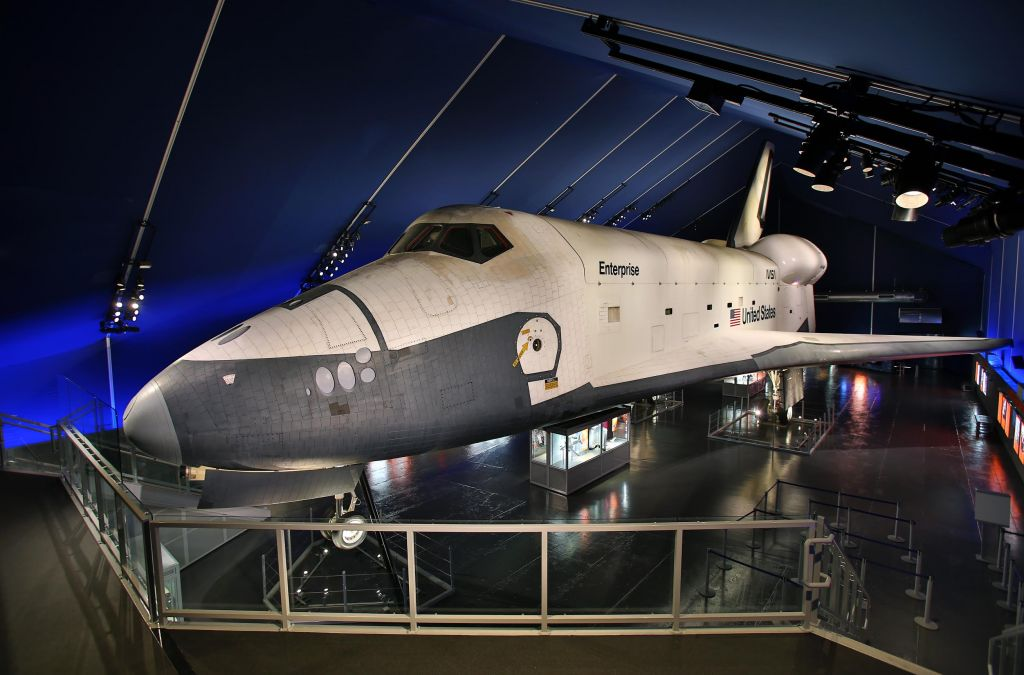 In NY, space to spark curiosity aboard the 'USS Intrepid ...