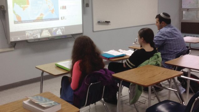 Westchester Hebrew students in distance-learning class. Rosenberg/JW