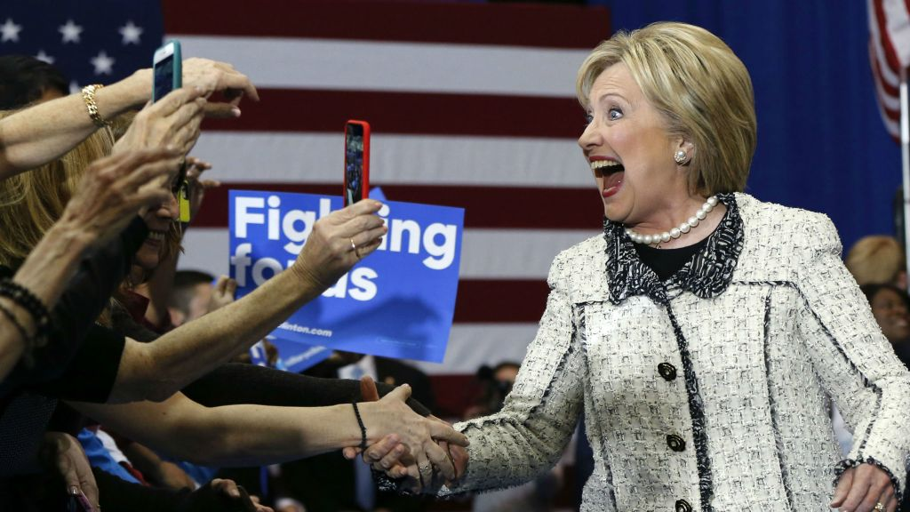 Polls: Clinton dominates South; Trump, Cruz scrap for Super Tuesday edge