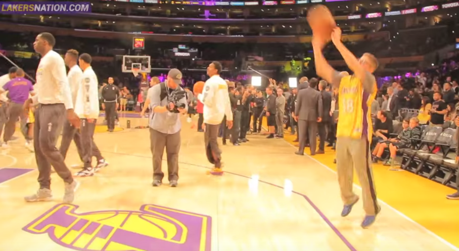 LA Lakers sign Jewish teen with brain cancer | The Times ...