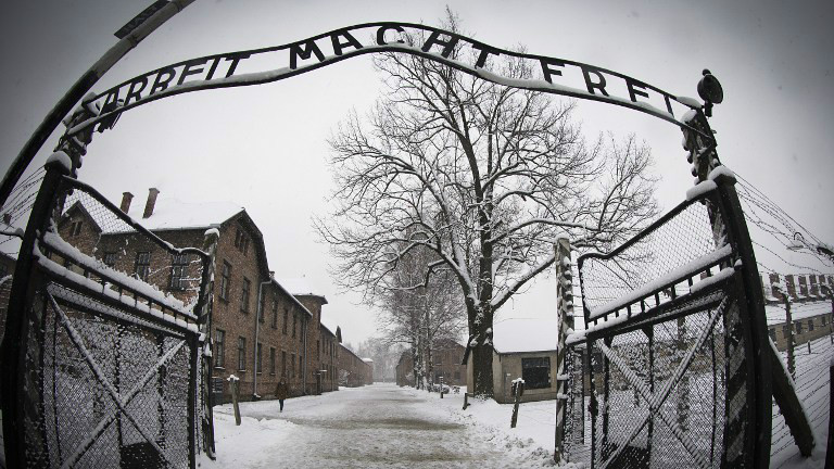 The entrance to the former Nazi concentration camp Auschwitz-Birkenau with the lettering 'Arbeit macht frei' ('Work makes you free'). (JOEL SAGET / AFP)