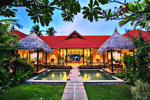 The private Royal Kurumba Residence