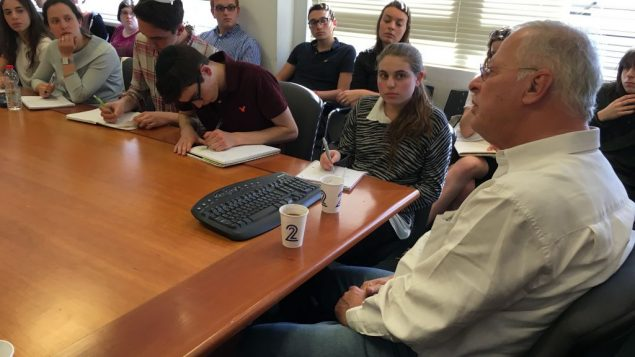 Write On students meet Ehud Yaari
