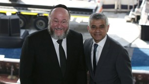Mayor Sadiq Khan with the Chief Rabbi at Sunday's Yom HaShoah commemoration.