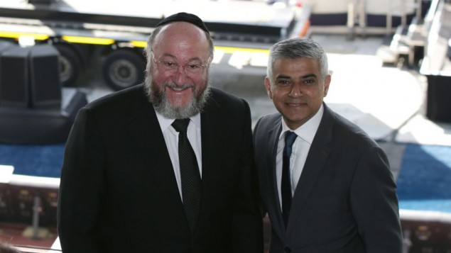 Mayor Sadiq Khan with the Chief Rabbi at Sunday's Yom HaShoah commemoration