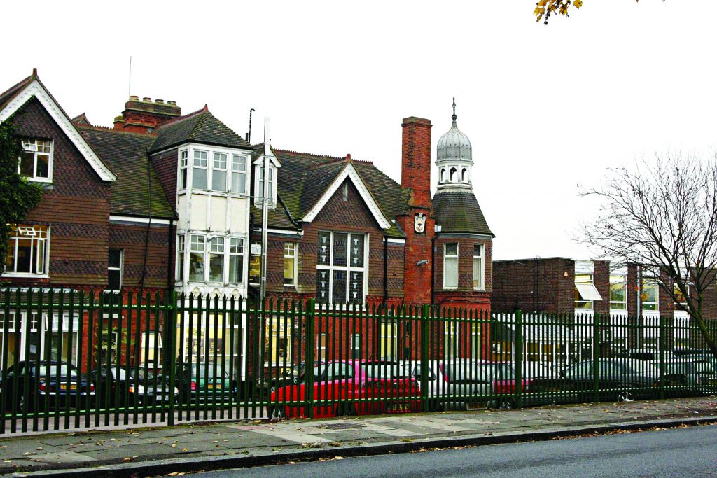 Hasmonean High School boys' campus will move to the girls' site in Mill Hill so it can take more pupils