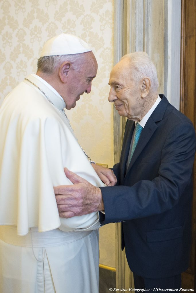 Pope Francis-Peres 20-6-16 002