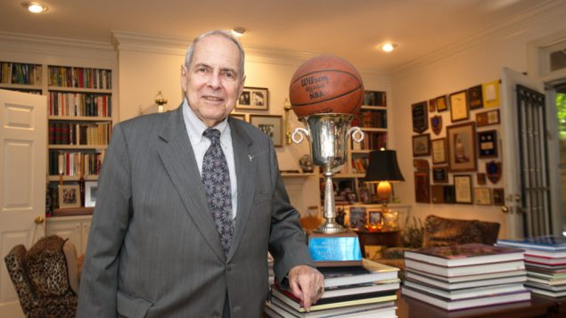 At Home With Atlanta's Favorite Jewish Mayor 5