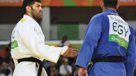 Egyptian judoka Islam El Shehaby, right, refuses to shake hands with Israeli Or Sasson after losing. JTA